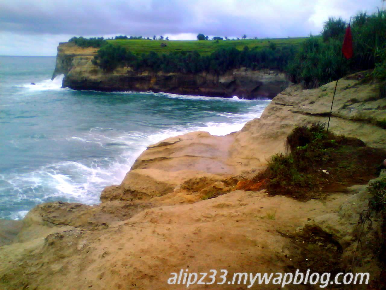 Bukit barat klayar pantai pacitan