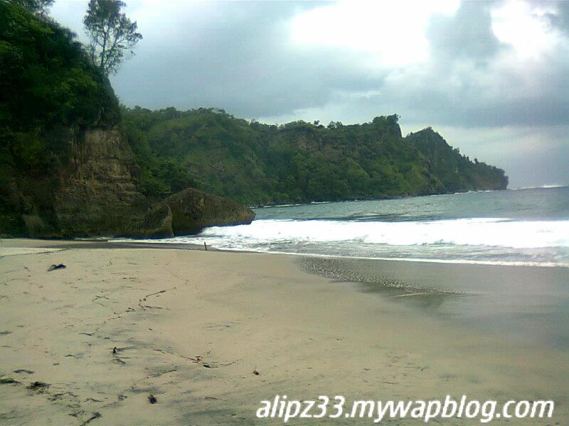 Pantai srengit bukit timur pantai pacitan