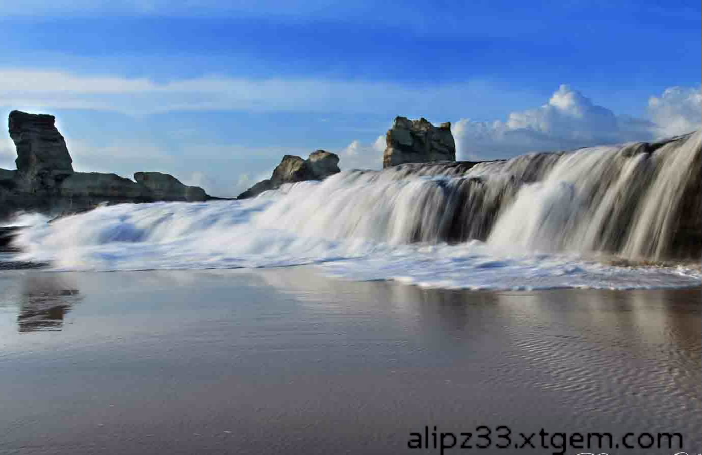 Pantai-klayar-waktu-pasang-bulan-ke3-pacitan