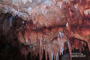 stalaktit Wisata goa peden pringkuku pacitan
