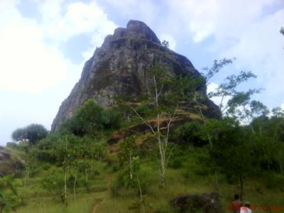 gunung-lanang-pacitan-ali.jpg