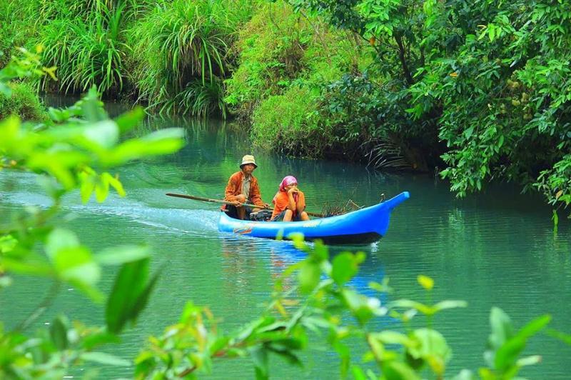 gambar foto ngiroboyo sungai kali maron pacitan jawa timur
